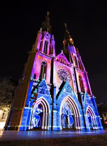 Glow kerk