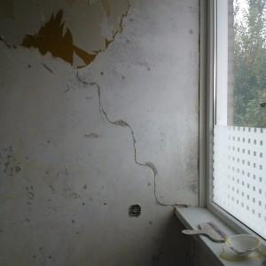 Klussen tegenvaller scheur muur