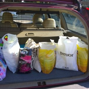Plog augustus 2016 kofferbak vol spullen