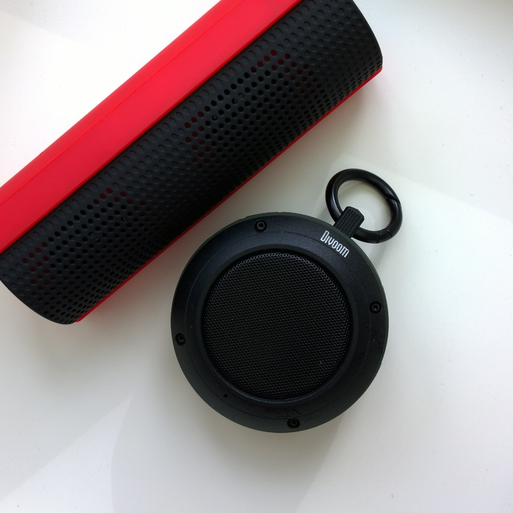 Bluetooth speaker action review